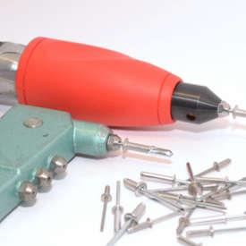 Nietaufsatz für den Akkuschrauber